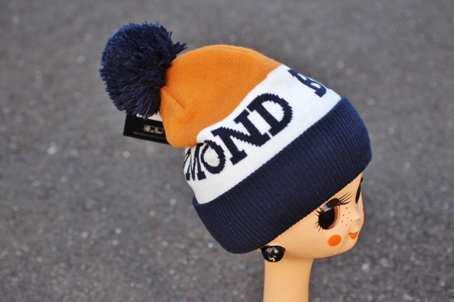 Black Diamond Tom Pom Beanie