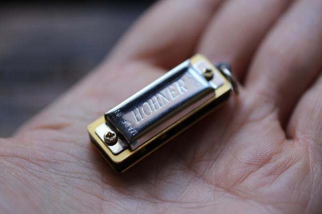 Hohner Mini harmonica
