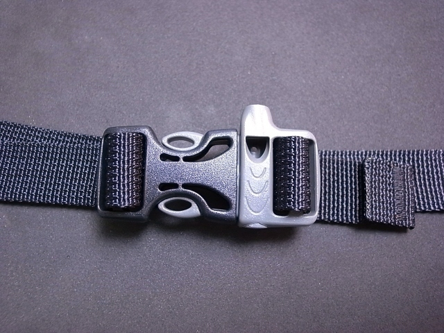 ITW Nexus Whistle Buckle 3/4