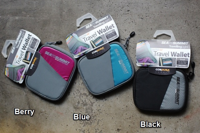 Sea to Summit TravellingLight™ RFID Travel Wallets SMALL