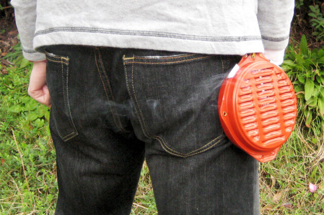 携帯防虫器