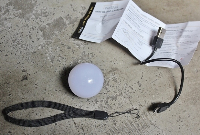 NoBox Mini Globe Light
